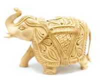Слон из желтого дерева с резьбой на теле (сд-33)