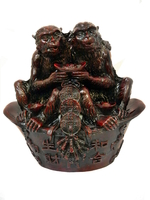 Две обезьяны на чаше достатка (х-128)