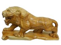 Тигр из красного дерева  (тк-15)
