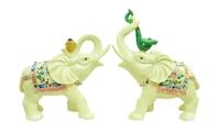 Фигурка: слон белый с иероглифами, хобот вверх (пф-28)