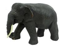 Слон, дерево тик, хобот вниз (ст-19)