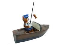 Кот-рыбак в матросской шапке в катере (кр-02)