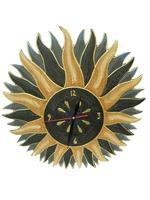 Солнышко с большими лучиками вверху и часиками (си-85)
