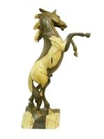 Лошадь суара на дыбах соно (лс-11)