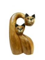 Два кота один нависает над другим (км-44)