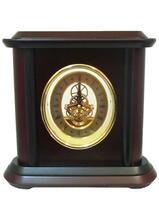 Канцелярские принадлежности: часы в золоте и дереве (кп-63)