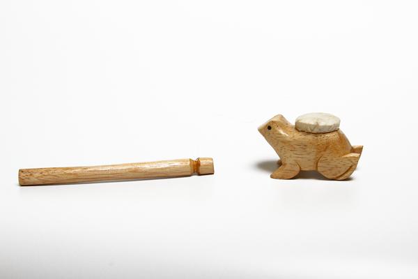 Музыкальный инструмент трещотка (лягушка) (мп-03-4)