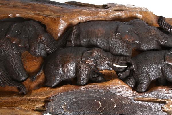 Панно тиковое со слонами, 92х32 см, (Таиланд), (пт-131)