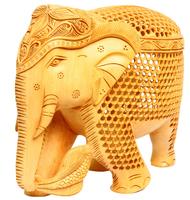 Слон из желтого дерева со слоненком внутри (сд-38)